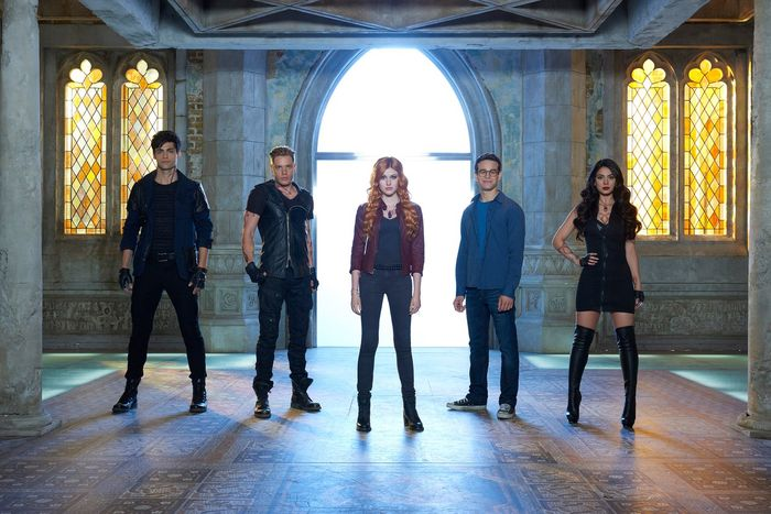 Shadowhunters season 4 premiere